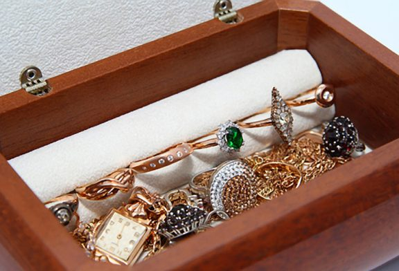 Pre-Owned Jewellery - A Great Bargain!
